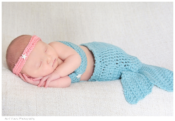 Newborn baby photo Mermaid outfit